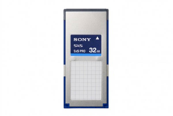 Grip Kit_0020_Sony SxS Pro 32Gb Memory Card