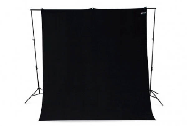 Lighting_0007_Black Drape