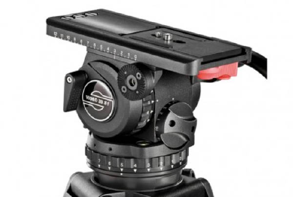 Tripod_0018_Sachtler Video 20 P and S1 Fluid Head Tripod System